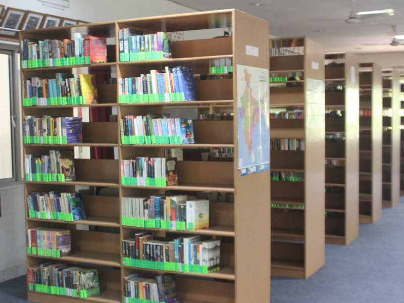 7. Well equipped library